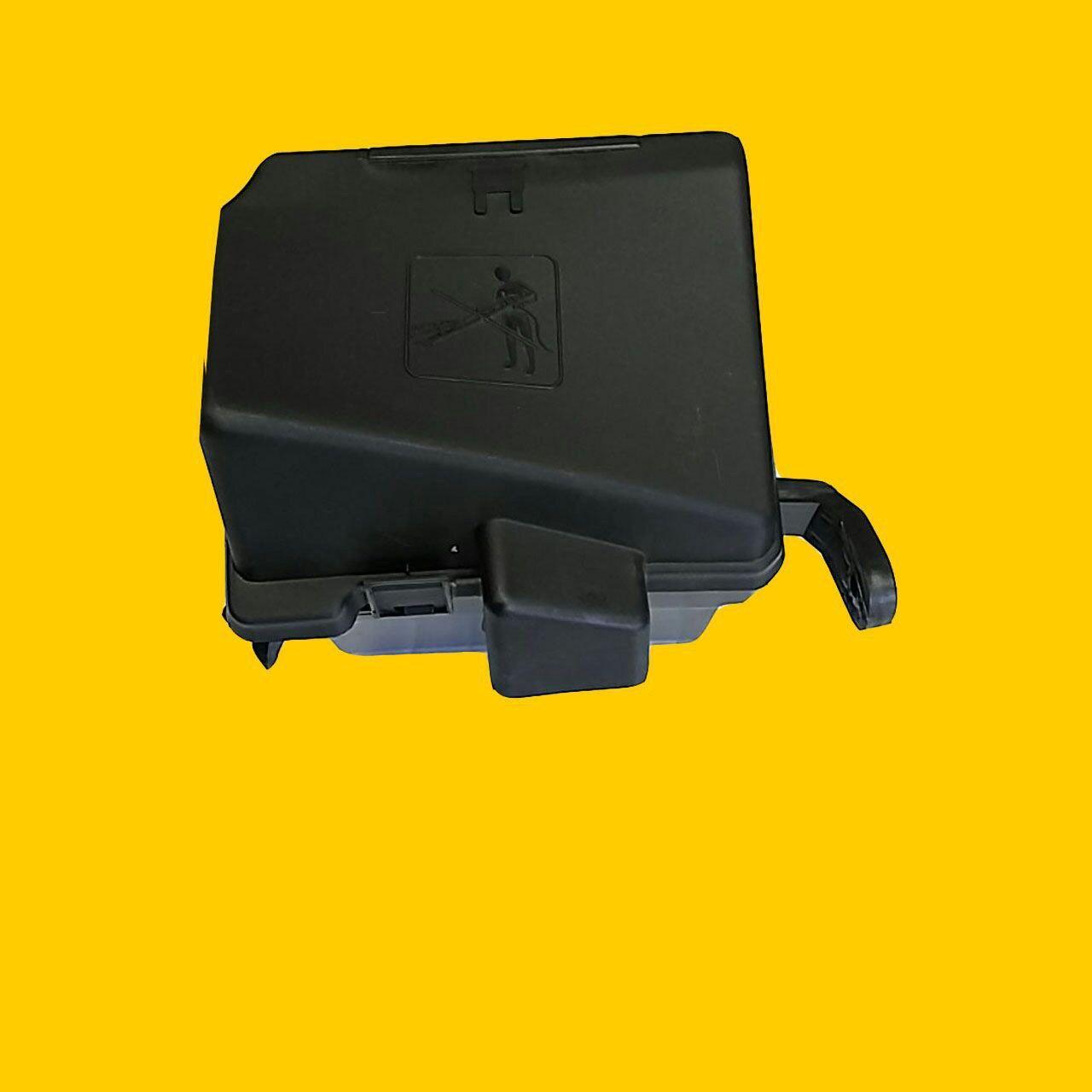 جعبه فیوز داخل موتور و درب پژو 206 bsm رانا